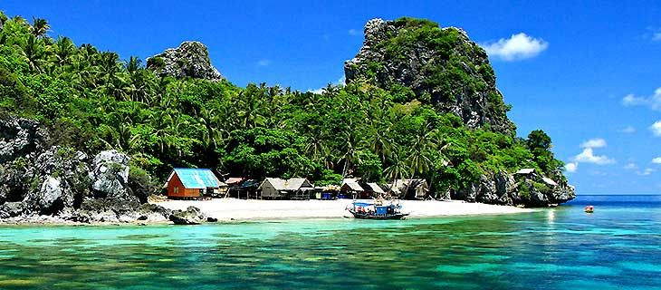 Visit Thailand and discover the hidden gem Chumphon and Koh Tao islands